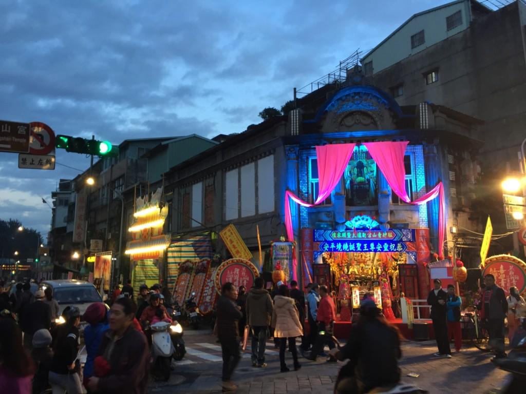 サイケデリックな色使い。もはやテーマパーク、自由すぎる台湾