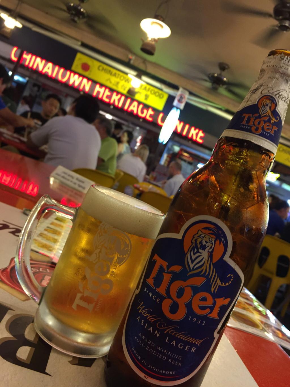 南国の風を受けながらの、タイガービールは格別