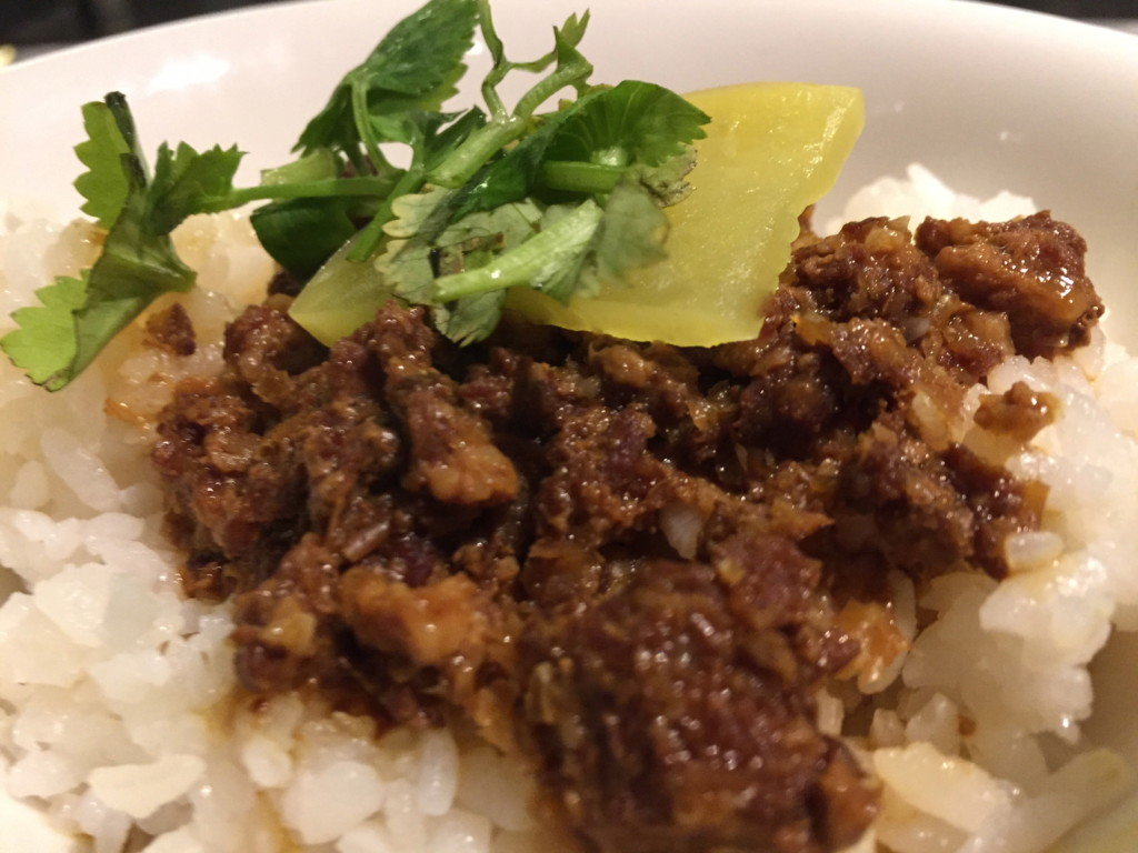 「台式肉燥飯」