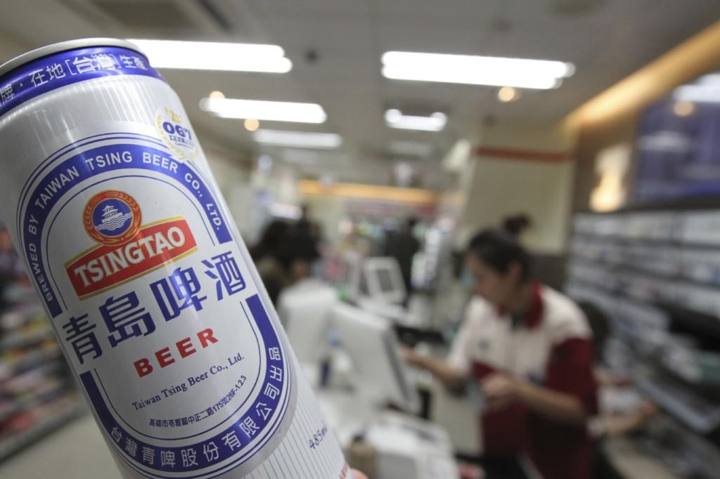 コンビニにて「青島ビール」をゲット