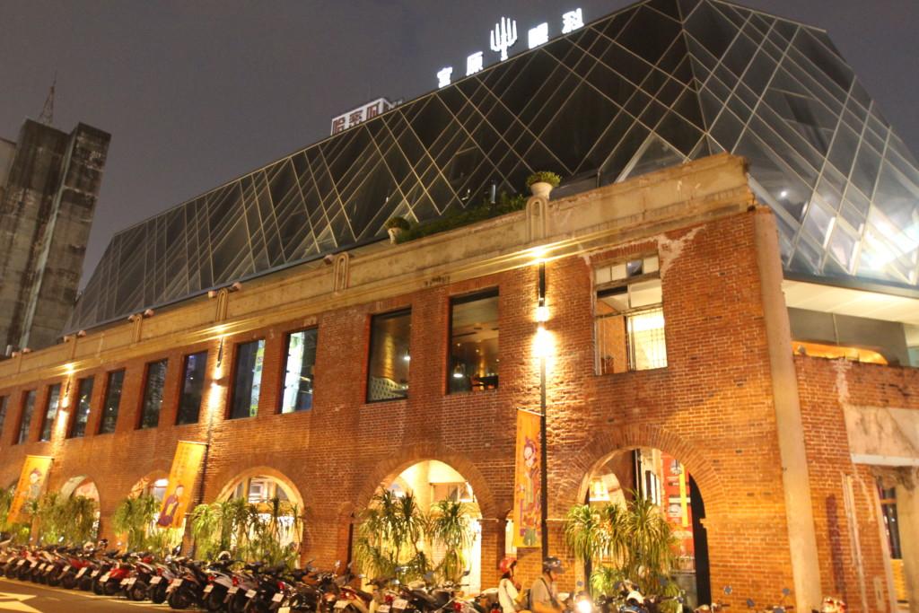 台中観光の一大名所となった「宮原眼科」