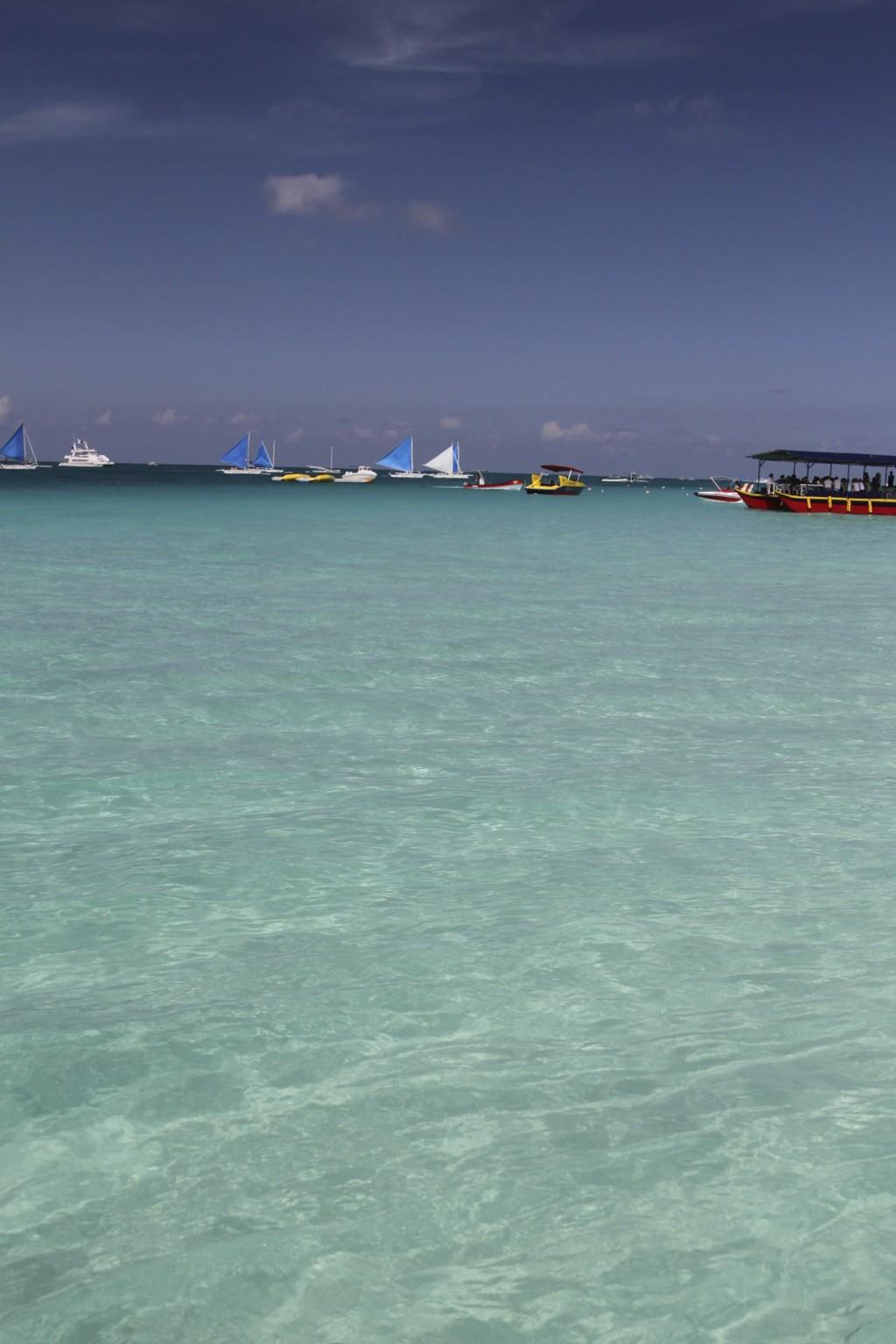 とにかく透明度の高いビーチ(プカ・ビーチ)