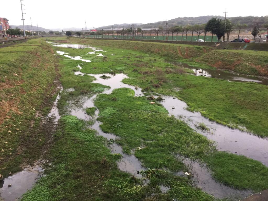 水量が少ないのは、乾期のせいだろうか