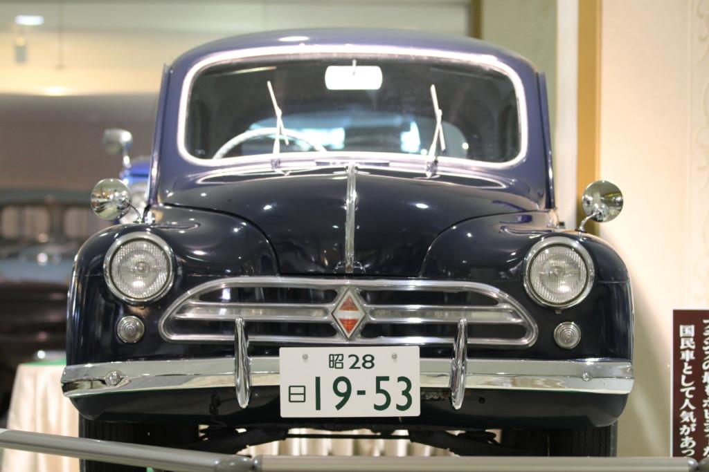 日野ルノー 4CV(日本、1953年製)