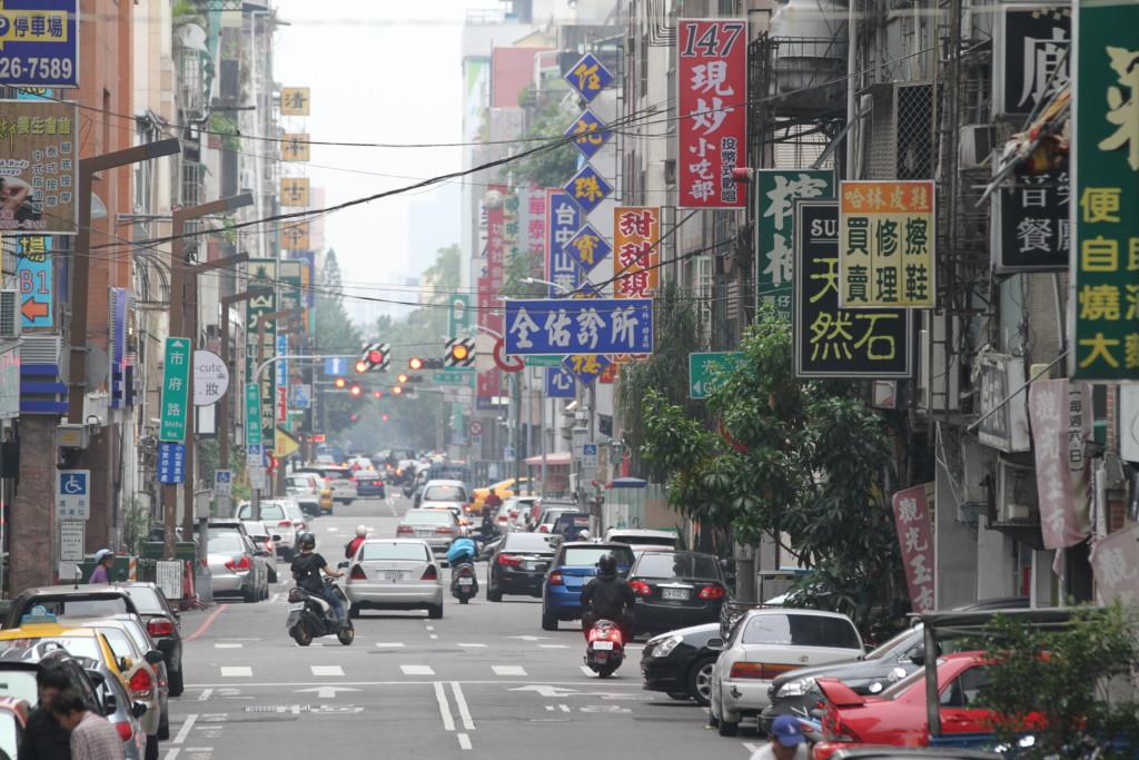 気のせいか、台北よりも車の交通量が少なく、落ち着いた雰囲気がする台中