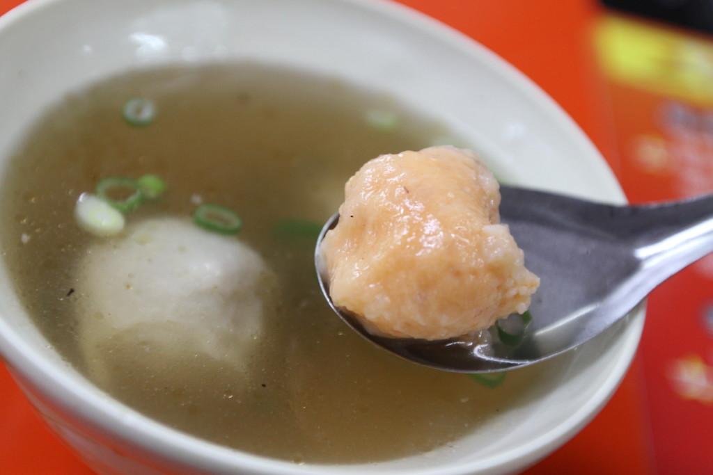 つみれスープ「綜合丸子湯」もオーダー