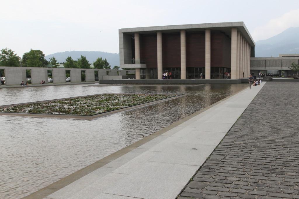 別アングルから「農禪寺」を撮影 1