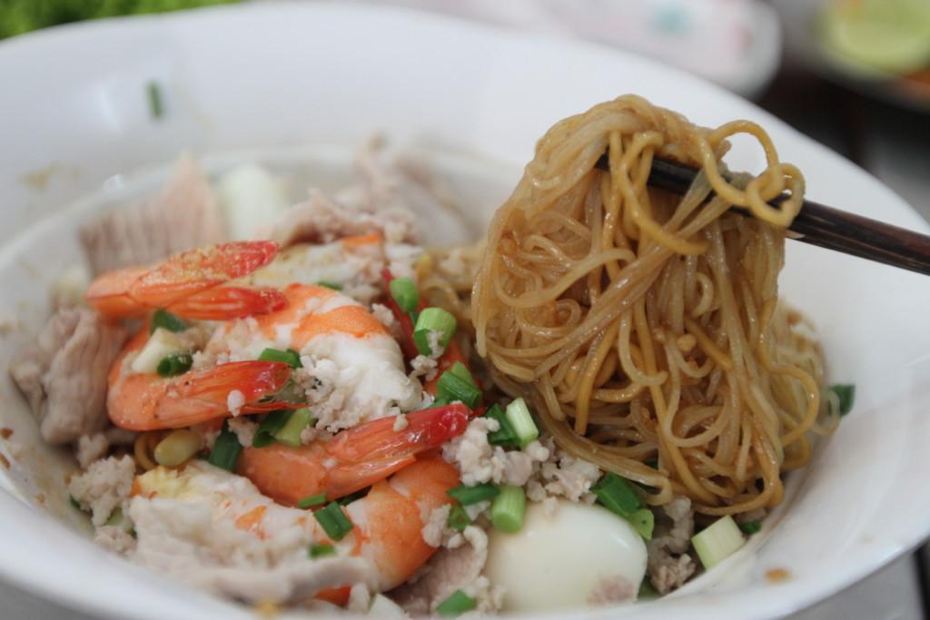 ここの「店名」にもなった料理、Hu Tieu Nam Vang(フーティウ・ナンバン)