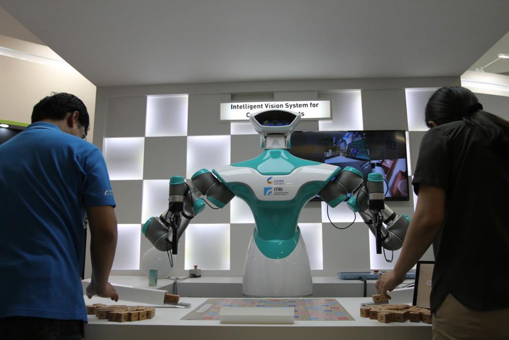 知能派ロボット