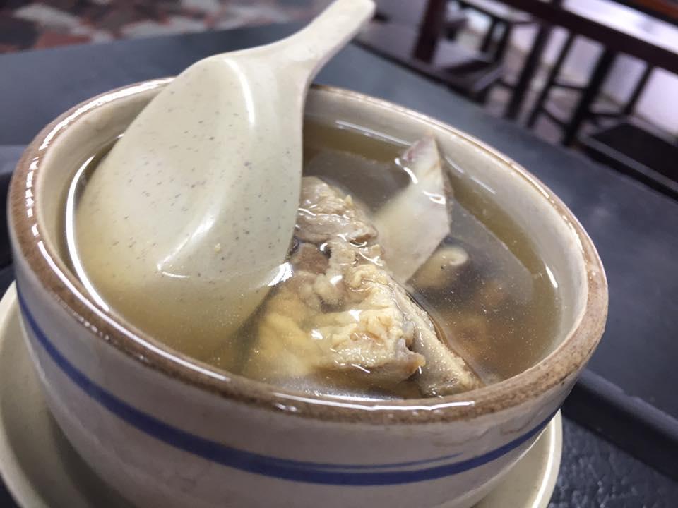 「排骨スープ」は衝撃的な美味