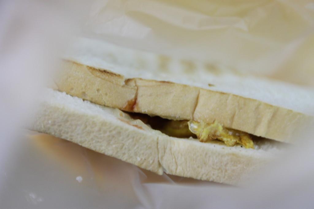 こんがりトーストのハンバーガー