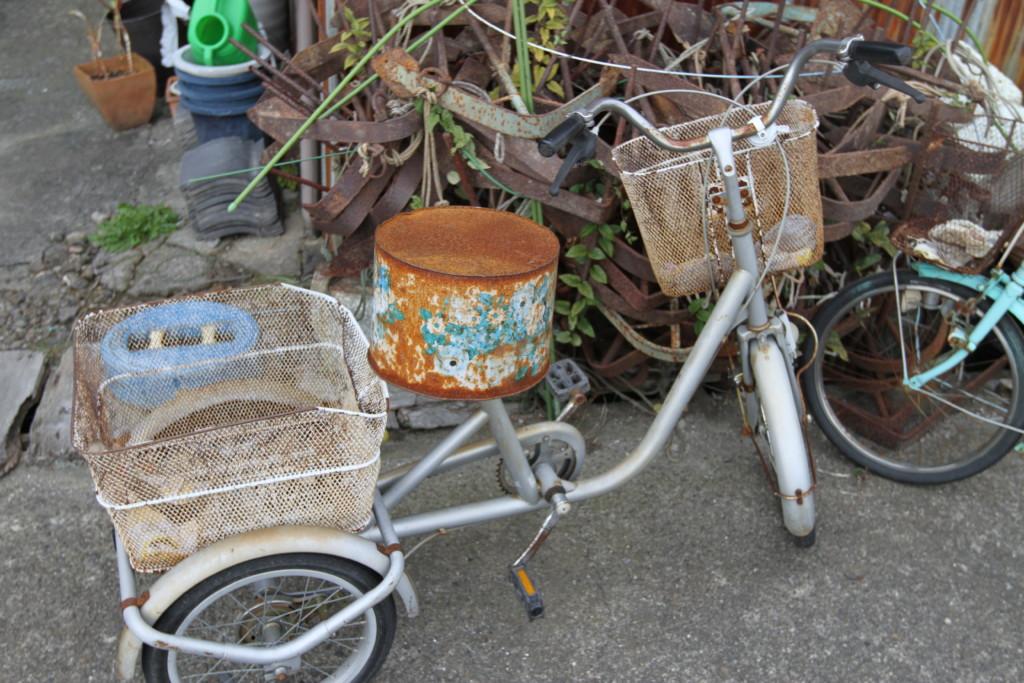「椅子」は空き缶をリサイクル