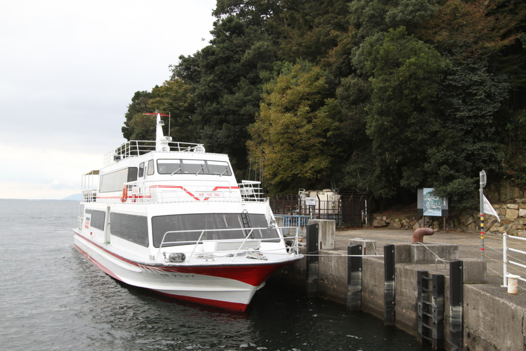 竹生島へ上陸