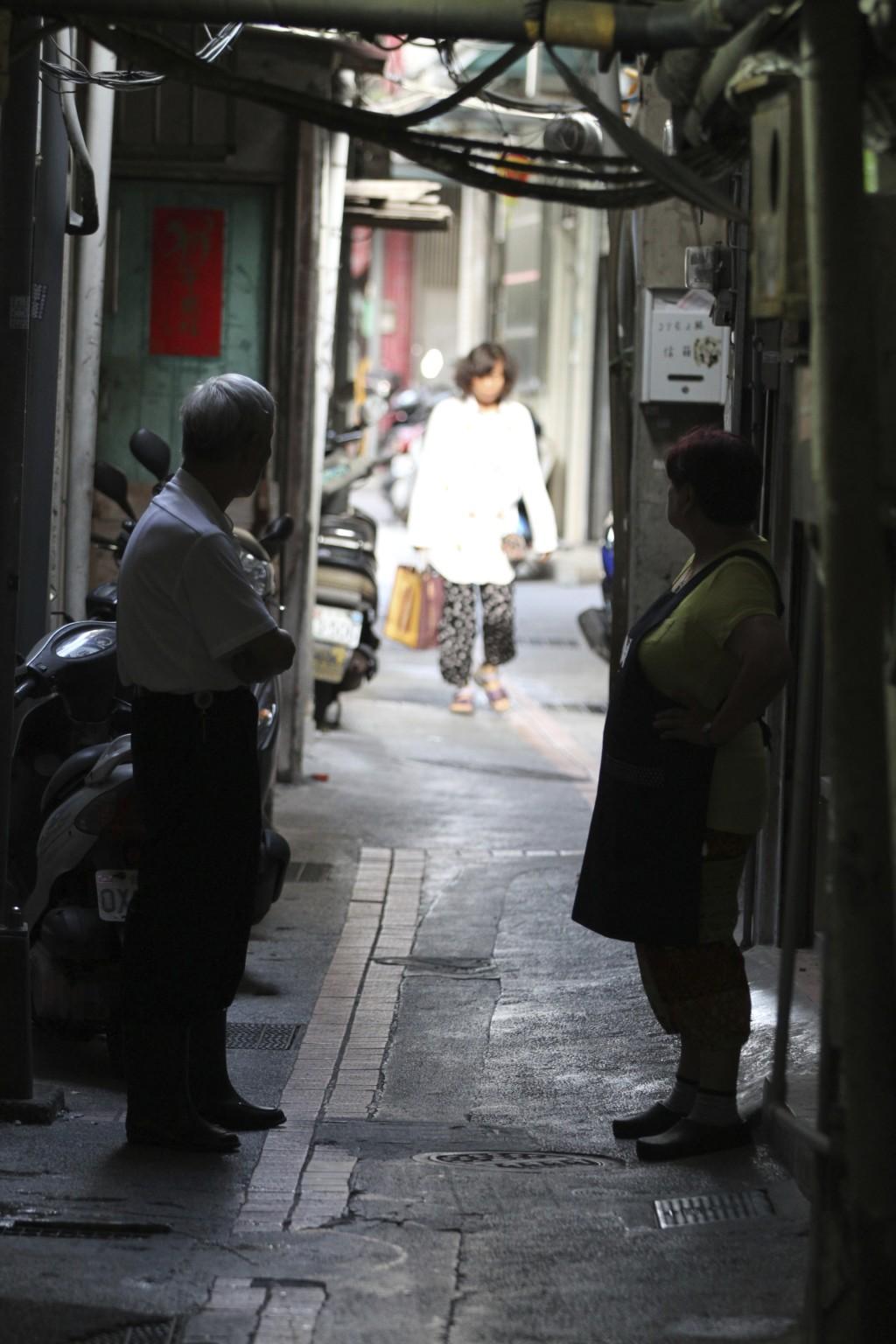 あやしい雰囲気の路地裏