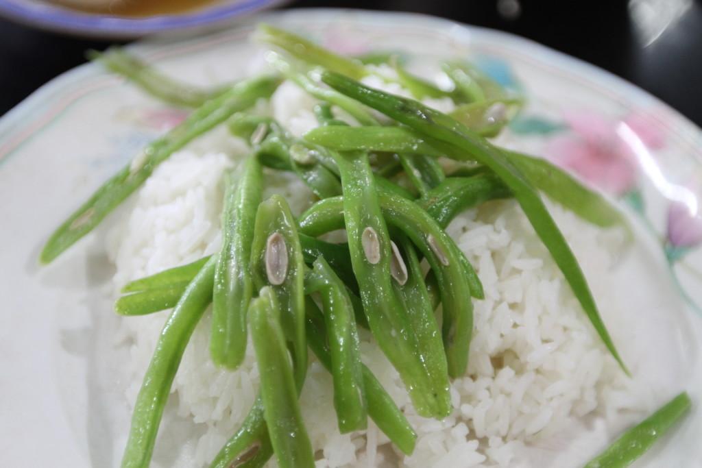 空芯菜とニンニクの炒め物