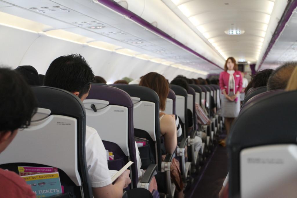 「釜山までの飛行時間は一時間です」