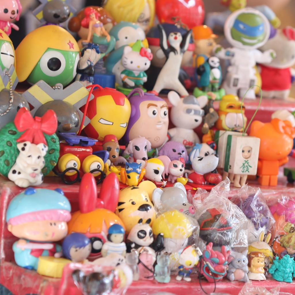「おもちゃ屋」2