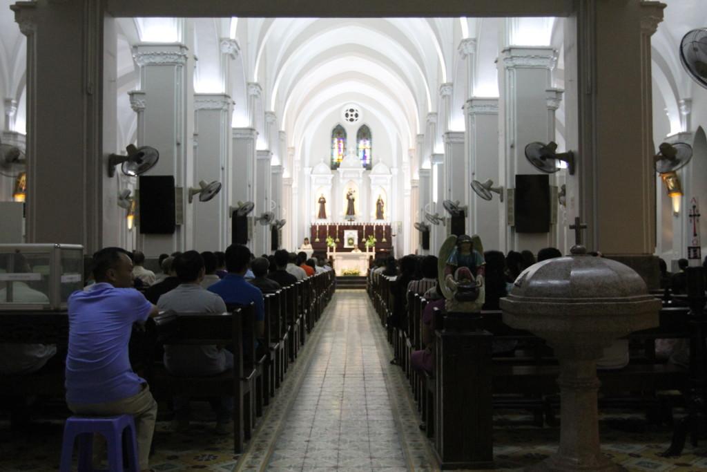 教会の内観