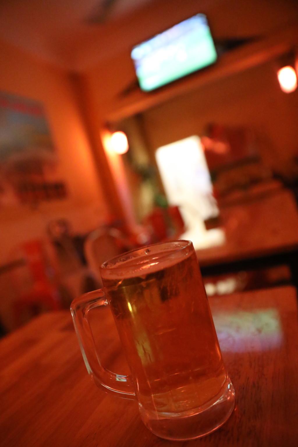 飲み放題のビールつき
