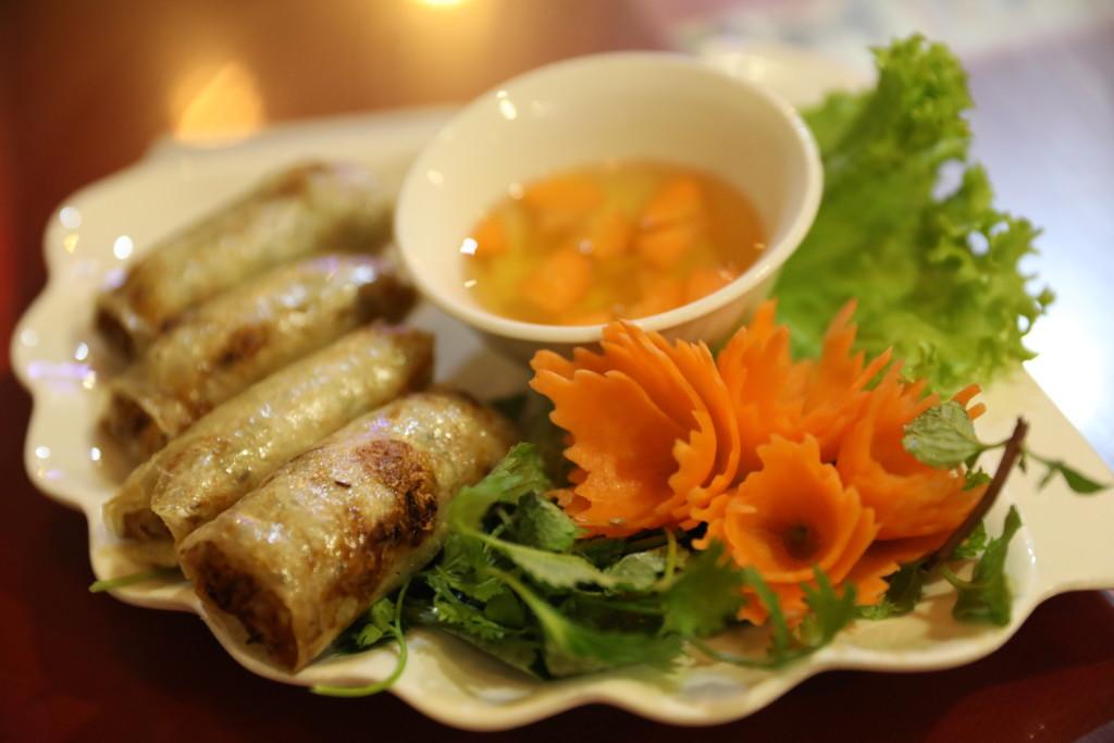 「見た目」にこだわるベトナム料理(「かくあるべし」的イメージ)