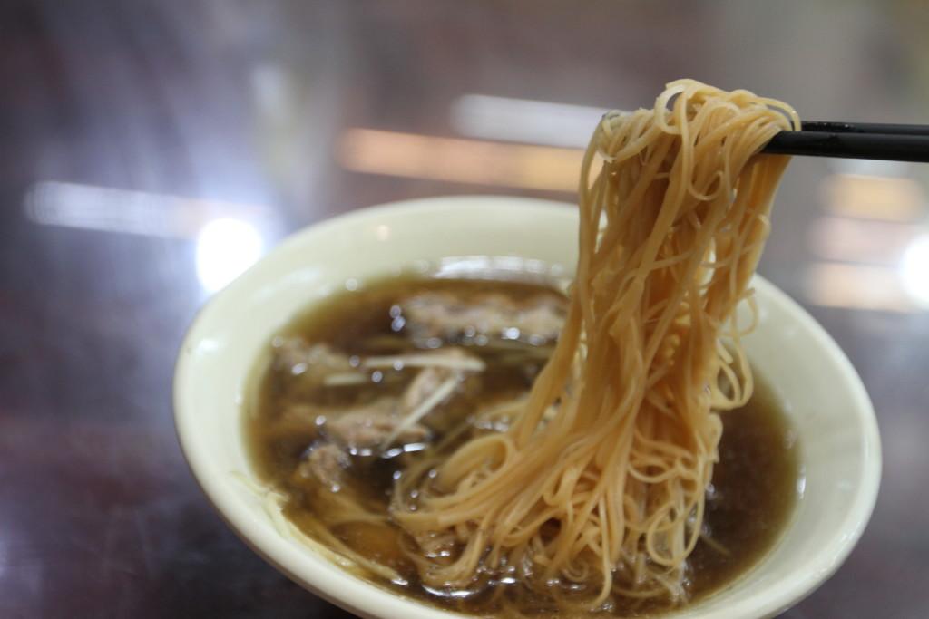 「鴨肉麺線」