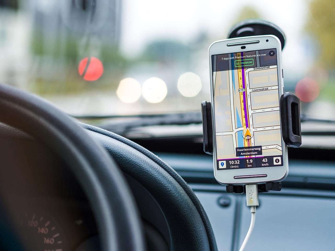 タクシーアプリなど、現地での行動範囲を広める「お助けアプリ」はドンドン活用したい